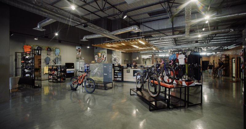 Cycles Direct / Specialized West Coast Relocates and Expands